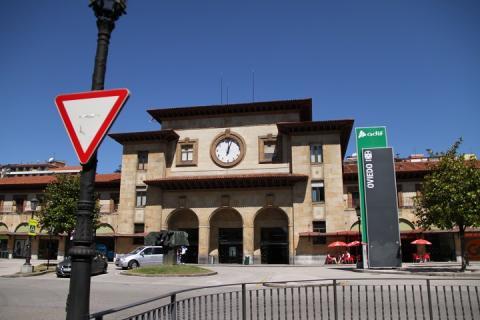 0453 Estacion de Oviedo
