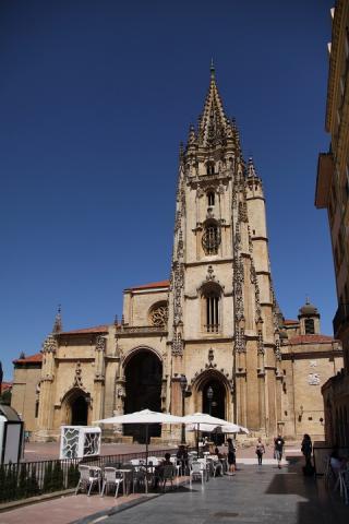 0644 Catedral de San Salvador de Oviedo