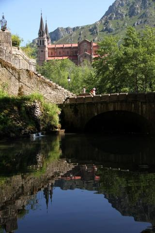 0801 Santa Cueva
