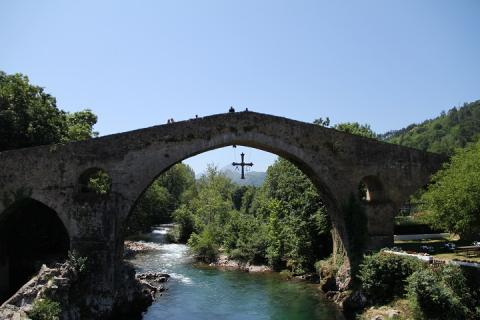 0876 Puente romano