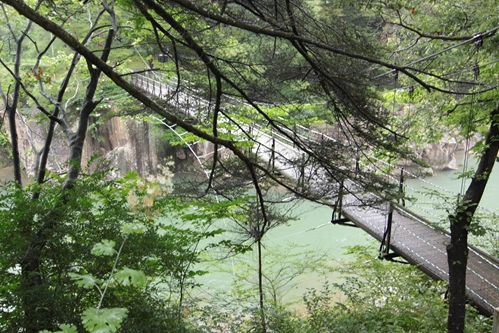 厳美渓吊り橋