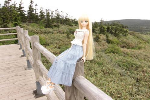 八幡沼のテラスに腰掛けて