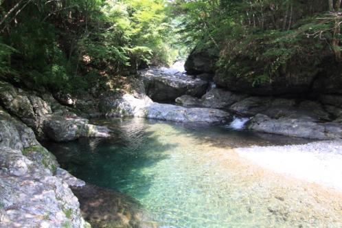 みたらい渓谷滝