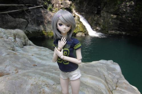 滝壺にて2