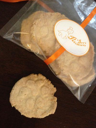 お手手の形のクッキー