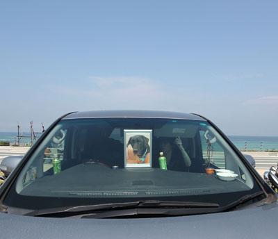 角島。海をバックにかっぱ