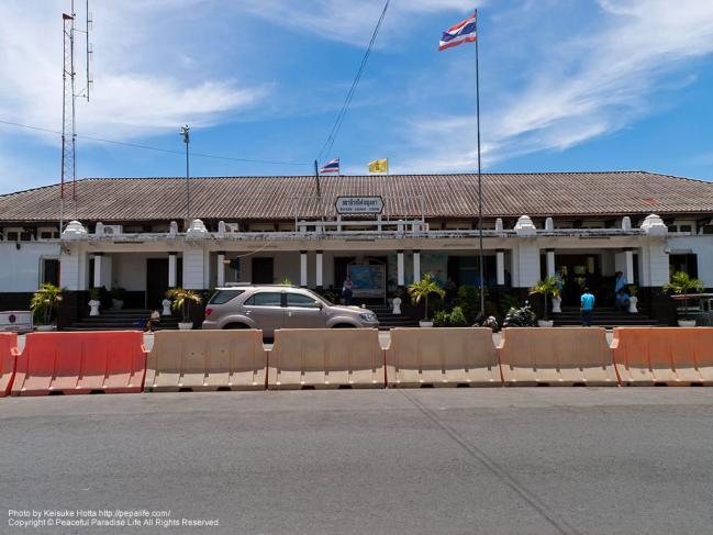 アユタヤ駅 (Ayutthaya Sta.)の駅舎