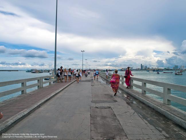 パタヤ埠頭
