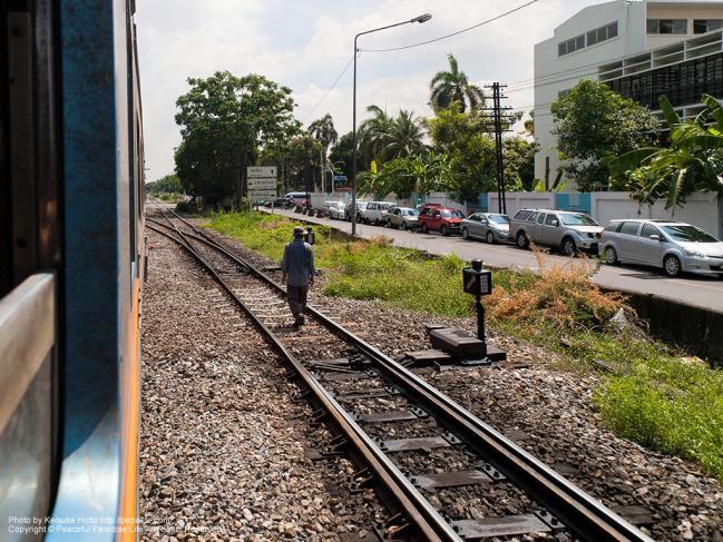 タイ国鉄の車窓からの景色