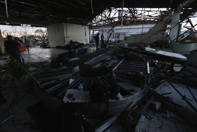 TaclobanAirport 06