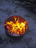 1.スモーク&BBQグリルで火熾し