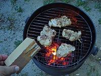 9.もう一段セットして上段に肉を移す玉ねぎは下段さらに下からスモークウッド