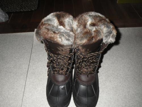 防寒ブーツ