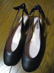 靴 バックリボン