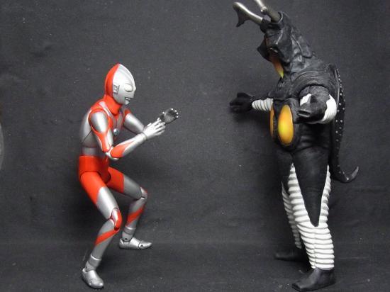 ULTRA+ACT+ウルトラマン(旧)&ゼットン