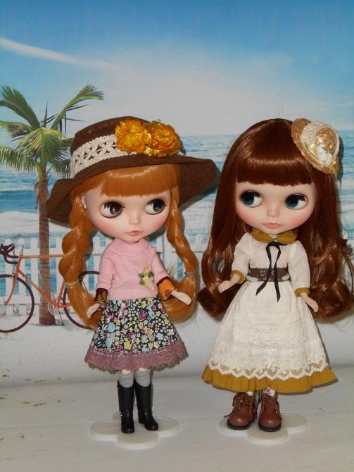 秋服にお着替えしたナナ&アンナ