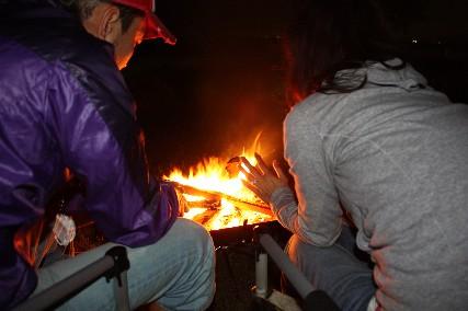 13jun琵琶キャンプ焚き火