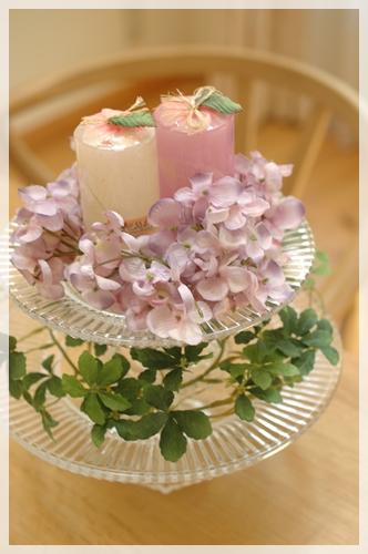 ガラスのケーキ台に