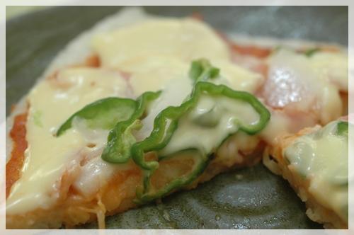 ご飯でつくるピザ3