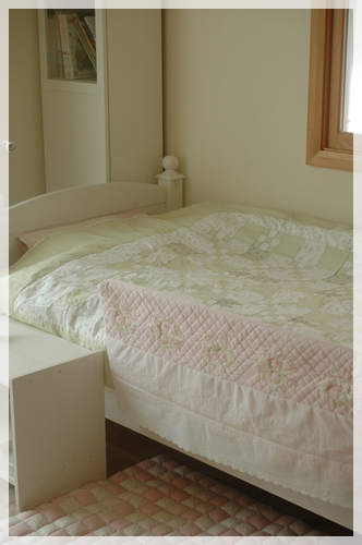 ベッドカバー3