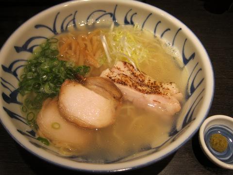 三歩一(鶏そば)