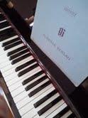 pianocom.jpg
