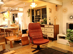 BERG Furniture/ベルグファニチャー E90 ハイバックチェア 本革張り 5スターベース