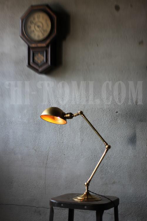 USA工業系真鍮製シェード付デスクランプ、Hi-Romi.com(ハイロミドットコム)アンティークランプ、ライト照明、灯り、修理、製作、リモデリング、オーバーホール、店舗設計、照明計画 20130506-1