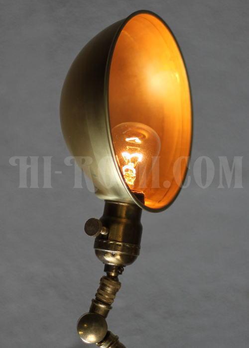 ヴィンテージ工業系真鍮シェード角度調整付デスクランプ/アンティーク照明 Hi-Romi.com(ハイロミドットコム)アンティークランプ、ライト照明、灯り、修理、製作、リモデリング、オーバーホール、店舗設計、照明計