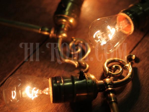 アンティーク ヴィンテージ ビンテージ 真鍮 ブラケット ウォールランプ 壁掛け照明 関西 神戸 Hi-Romi.com ハイロミドットコム