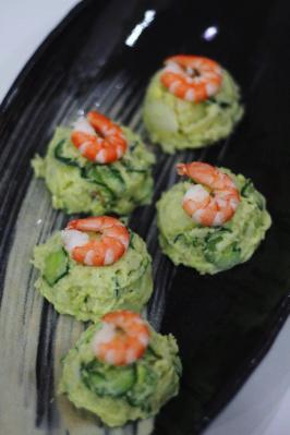 アボカドとキュウリのグリーンポテトサラダ
