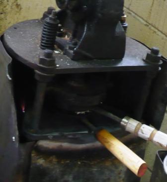 本原せんべい屋:製造所焼き器