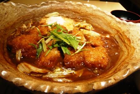 大戸屋:味噌カツ煮込み2