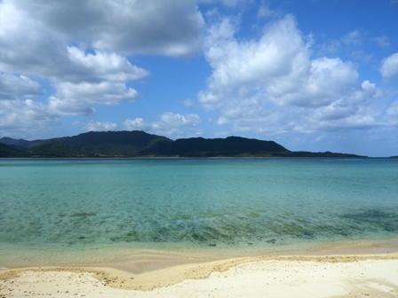 Sanufa細崎:対岸の西表島