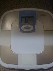 体重計64