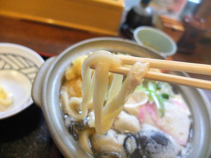 蔵十、牡蠣鍋焼き