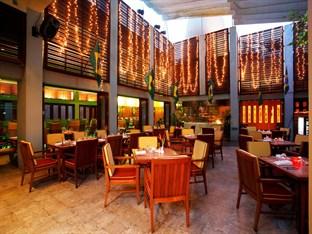 センタラ グランド ビーチホテル(Centara Grand Beach Hotel)
