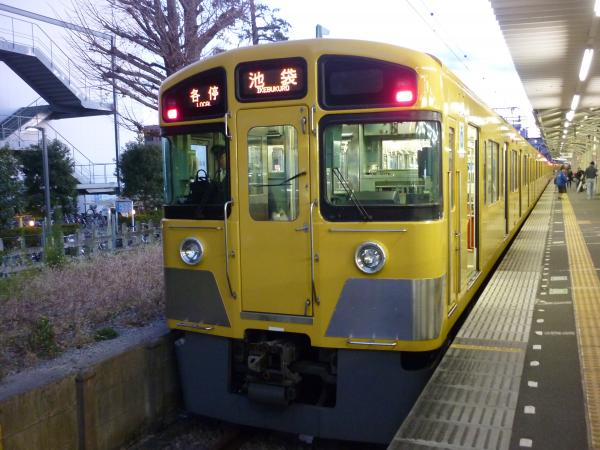 2013-12-28 西武2097F 各停池袋行き2