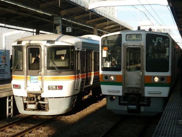 2014-01-03 373系ふじかわ 211系 浜松行き