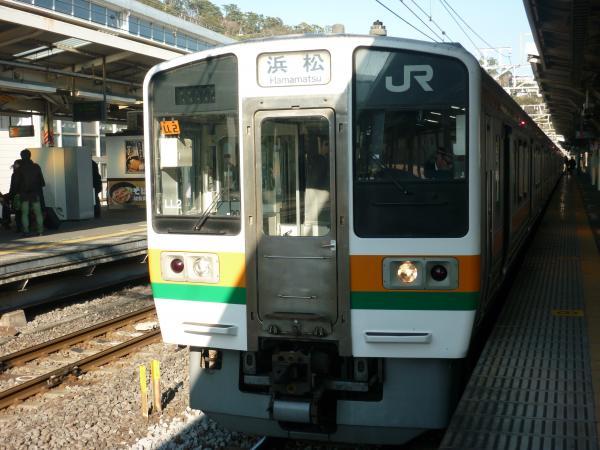 2014-01-03 東海道線211系 浜松行き