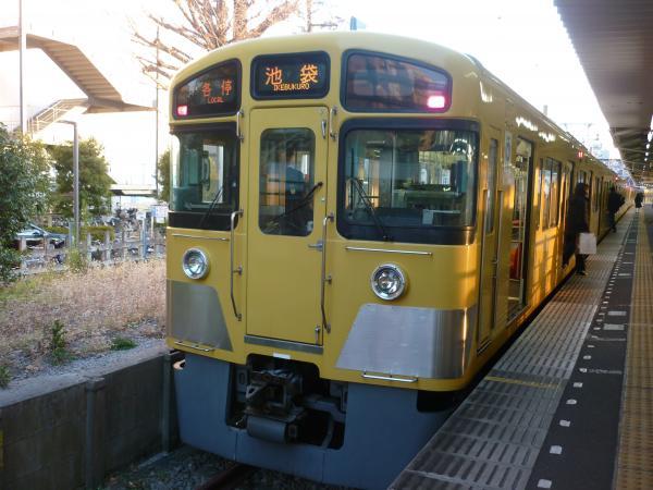 2014-01-11 西武2085F 各停池袋行き