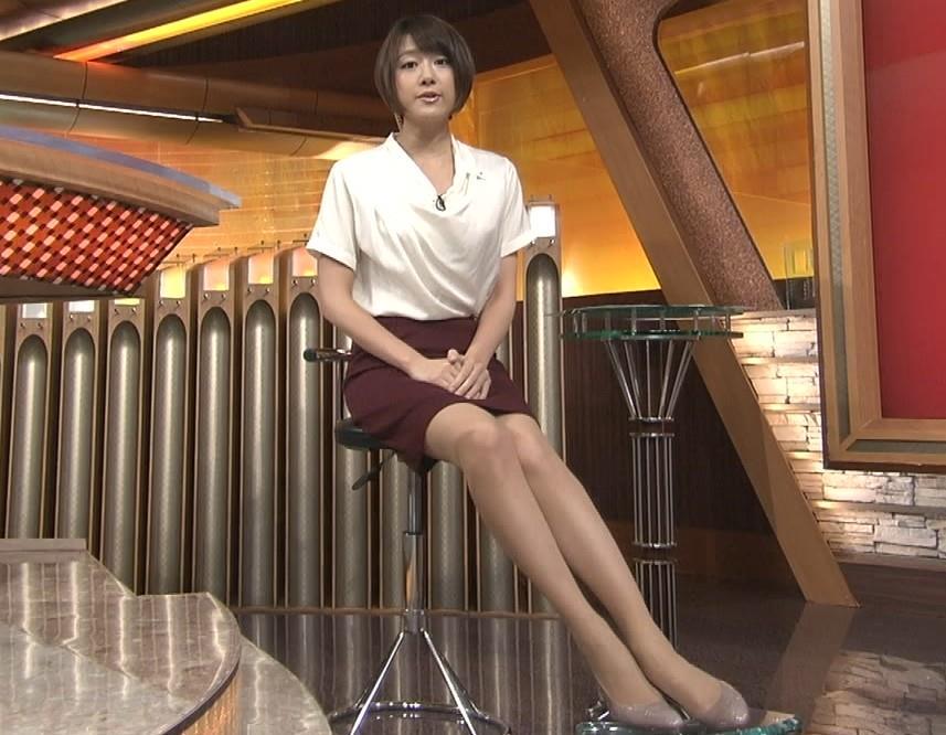 大島由香里 ミニスカ美脚 長い脚
