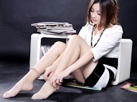 美女モデル Xiao Yangmi セクシー美脚画像