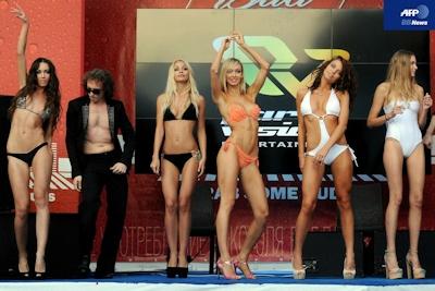 ビキニが一番似合うのは誰?露モスクワで「ミス・ビキニ」大会 -AFPBB News