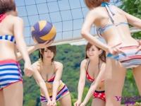 台湾ビキニ美女がビーチバレーしてる画像