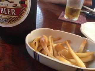 島らっきょとビール