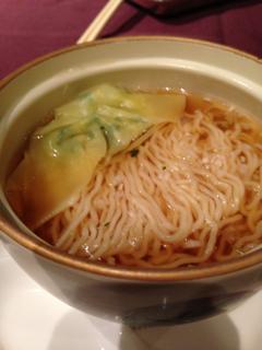 鶏スープの麺