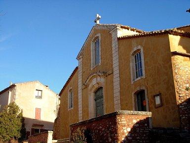 ルシヨン村の小さな教会downsize