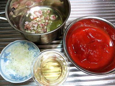 トマトソースの材料 downsize