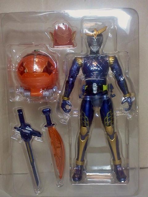 AC01 鎧武03